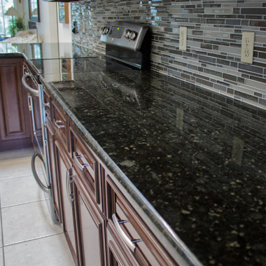 kitchen-granite-installation